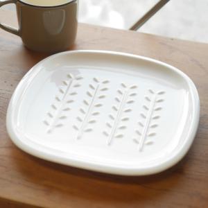 美濃焼 miyama 深山 パン皿 crust クラスト/小枝柄 アイボリー 日本製