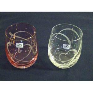 丸いグラスに描かれたかわいいh−ト模様。 結婚の御祝いにもオススメです。   ■商品サイズ:上部直径...