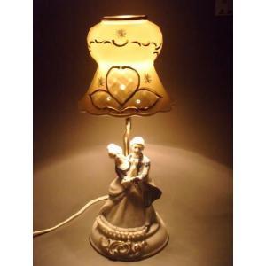 ランプスタンド ロマンス TKN-2128 【 陶器 人形 置物】 /テーケー名古屋人形製陶株式会社|tklace