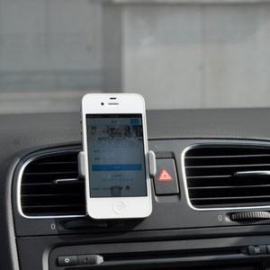 宅急便送料無料 iPhone6スマホ車載 ホルダー iPhone6車載ホルダー iPhone6車載スタンド 車載エアコンルーバーホルダー|tman
