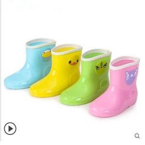レインブーツ キッズ 女の子 男の子 長靴 レインシューズ アウトドア 4色展開 雨具 子供用 梅雨 防水 サイド立体動物柄 超可愛い 滑り止め 通学 定番 新作|tman