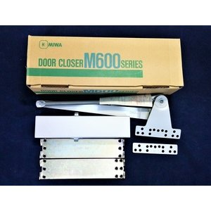美和ロック製取り替え用ドアクローザーです。 ニッカナ、リョービ、ニュースターなど各メーカーのパラレル...