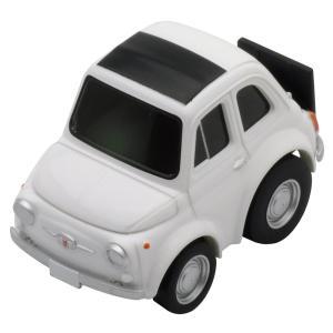 待望の丸餅…ではなくて白いコマネズミ、チンクェチェントことフィアット500。実車もかなりの台数が白で...