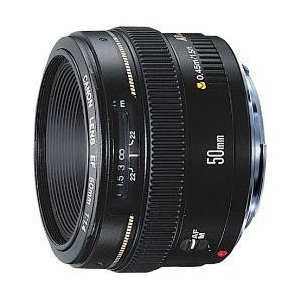 お一人様一点限りとさせていただきます。■EOS用交換レンズ/高屈折ガラスを2枚採用■標準レンズの定番...
