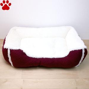 スクエアベッド ケーブル編み風 55×45×18cm ワイン ペットベッド 角型 かわいい シンプル 赤 レッド SB-88 大阪杉本|tokoton-dogfood