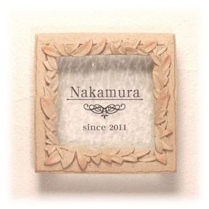 おしゃれなガラス表札 ディーズガーデン製 表札 G05 リース (サンドピンク色)|tokyo-gardening
