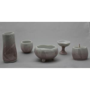 陶器 仏具 ほのか 5点セット (香炉灰付) 九谷銀彩 ピンク|tomoe3