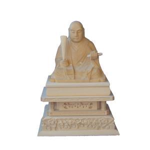 木彫仏像 日蓮聖人座像四角台2.0寸桧木 ひのき (受注生産)|tomoe3