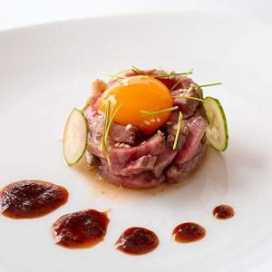 A5黒毛和牛肉のローストビーフユッケ 6個セット レストラン ノワドココ 大阪