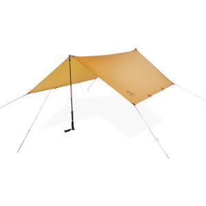 日差しや雨を避ける2〜3人用のタープ。 軽量でコンパクトに収納できるので、雨天時のリビングスペースを...