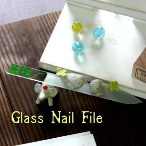 〜洗って何度でも使える〜 ガラスの爪やすり クローバー 【チェコ製】|topstarjapan
