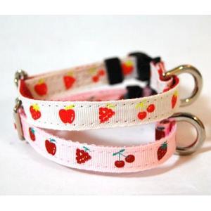 フルーツ イチゴ 首輪(カラー) Mサイズ トイプードル 布×ナイロン 国産 犬 首輪 ペット用品  通販 ペットグッズ 小型犬|topwan