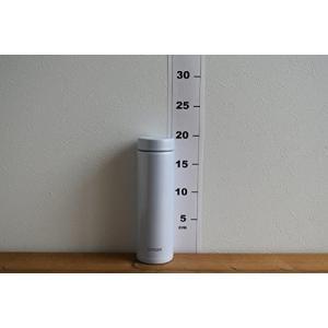 タイガー 水筒 500ml 直飲み ステンレス ミニ ボトル なめらか 飲み口 サハラ マグ 軽量 夢重力 アイス ホワイト MMZ-A50|totasu888