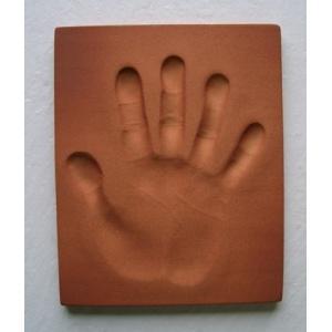 【お家で陶芸〜手形足形タイルAタイプ】家族やペットの手形足形をタイルにしませんか。|touban-art