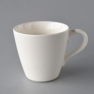ボーンチャイナ 白いマグカップ 訳あり|toukistudio