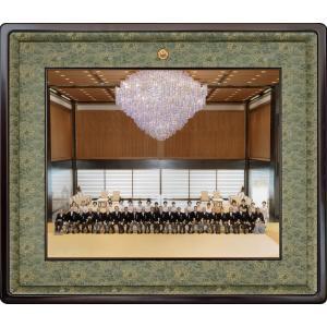 額縁 叙勲額縁 木製フレーム 写真額縁 (半切サイズ) 最高級本漆塗 高級紫檀縁25タイプ|touo