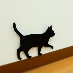 壁面取付猫型音感・照度センサー付きLEDライト ネコのライト フットライト 階段下ライト 電池式 キャットウォールライト2てくてく メーカー直販|toyocase-store|02