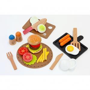 卵をパカッと割って目玉焼き!ハンバーガーやステーキなど、切って焼いて盛り付けて、洋食屋さんごっこが楽...