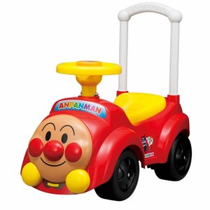 定番人気のシンプルな足けり乗用アンパンマンカー。押し手を使えば押し車としても遊べます。正面のボンネッ...