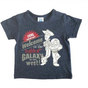【ベビーザらス限定】人気ディズニーキャラクタートイ・ストーリーの半袖Tシャツです。ウッディとバズが大...