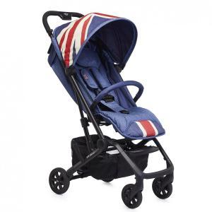 新生児から使えるウルトラコンパクトベビーカーオランダのベビーブランド「easywalker」と自動車...