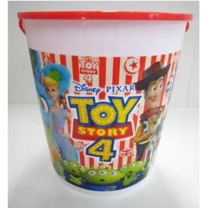 トイストーリー4の柄のお菓子入りバケツ!大好きなおもちゃをお片付け!どこでも手軽に持ち運びができるよ...