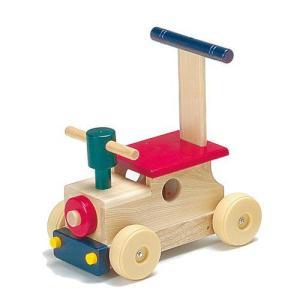 1歳頃からは身体を動かすことが一番の喜びの表現  お子さまの成長が著しい時期には安全な日本製の木製乗...