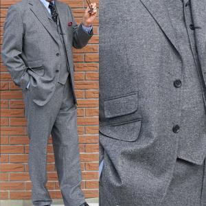 秋冬春 メンズスーツ スリーピース 3つボタン ミディアムグレー シルク入り ネップ柄 0415 OXFORD CLASSIC|tradhousefukiya