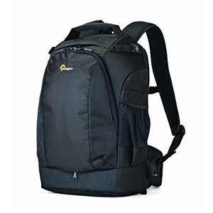 【商品コード:16016016017】地面にバッグを降ろさずに背面アクセスで機材の取り出しが可能 バ...