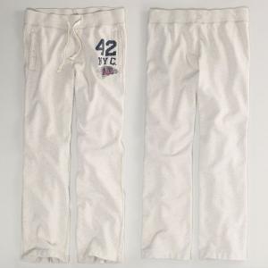 アメリカンイーグル/メンズ/スウェット パンツ/スエット/アクティブ ボトム/オフホワイト/S M サイズ American Eagle/ NYC Fleece Pant/ trend-i