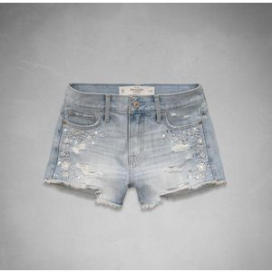 アバクロ ショートパンツ レディース Abercrombie&Fitch A&F High Rise Short-Shorts EMBELLISHED LIGHT WASH (ライトウォッシュ) 正規品(本物)|trendcruising