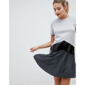 エイソス ドレス ワンピース レディース  ASOS DESIGN mixed fabric drop hem mini dress ブラック&グレー|trendcruising