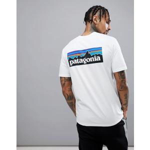 エイソスセレクト パタゴニア Tシャツ メンズ 半袖 ホワイト   P-6 Back Logo Responsibili-Tee T-Shirt in White|trendcruising