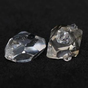 水入りハーキマーダイヤモンド原石2個入り(ハーキマー水晶)|triangle358