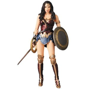 MAFEX WONDER WOMAN(JUSTICE LEAGUE ワンダーウーマン ガル・ギャドット フィギュア グッズ)|tricycle