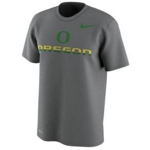 ナイキ メンズ NCAA カレッジ Tシャツ Oregon Ducks Nike Train Speed 4 Week Zero College Collection Dri-FIT T-Shirt Gray troishomme