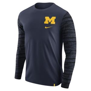 ナイキ メンズ ロンT Michigan Wolverines Nike Enzyme Washed Sleeve Pattern L/S T-Shirt Tシャツ 長袖 Navy|troishomme