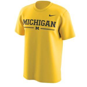 ナイキ メンズ Michigan Wolverines Nike Week Zero Trainer Hook Performance T-Shirt 半袖 Tシャツ ドライフィット Maize|troishomme