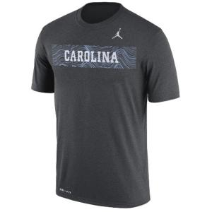 ジョーダン メンズ NCAA Tシャツ