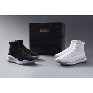 Under Armour バッシュ Curry 4