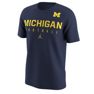 ジョーダン メンズ Michigan Wolverines Nike Football Practice Performance T-Shirt 半袖 Tシャツ ドライフィット Navy|troishomme