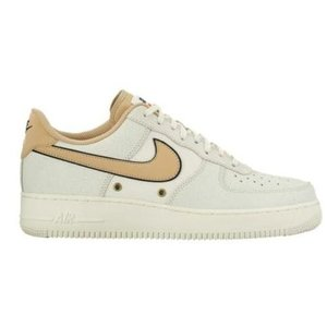 Nike Air Force 1 Low LV8 メンズ S...