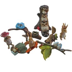動物たちの仲の良さに癒されるオブジェ、置物8点セット。さまざまな配置を考えて、楽しい森を作ってくださ...