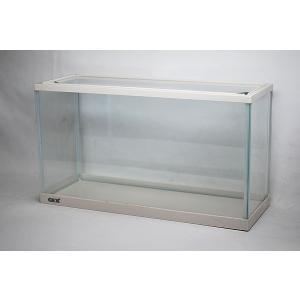 スリム&ワイドタイプ・幅45cmガラス水槽です。 フレームカラーはお洒落なホワイトです。