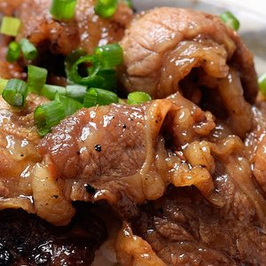 牛肉 肉 牛 某有名焼肉店 訳あり はしっこ 牛カルビ 大容量 1キロ [500g×2パック] 冷凍 同梱可能|tsukiji-ichiba2|06