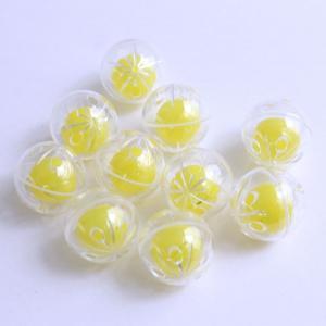 サイズ: Ф25mm 素材: プラスチック 揺れるときれいな音がなります。