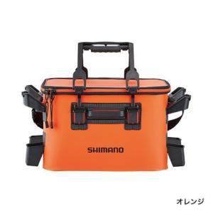 選べるロッドレスト。定番の2コ付、多彩に使える4コ付。  ガチットハンドルも搭載したタックルバッグ。
