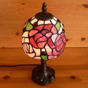 ステンドグラスランプ 薔薇の花 (グレイス) 小型 15×h32|tsuruyakagu