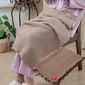 キャメルのびふわ膝掛毛布|tsuten2