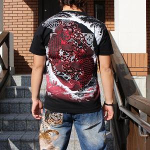和柄 Tシャツ 半袖 刺繍 メンズ 大きいサイズ 双鯉 (赤/黒) 2018年新作|tsutsumiya